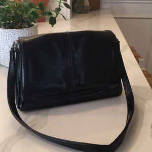 Liz Claiborne classic black purse